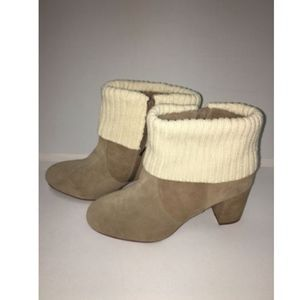Torrid Boots 11 Wide 11W Ankle Bootie Taupe Suede